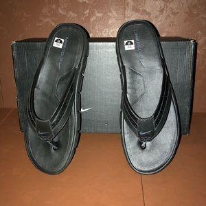 d871e8b479cc Nike Shoes - NIB Men s Nike Golf Recovery Flip Flop Sandals